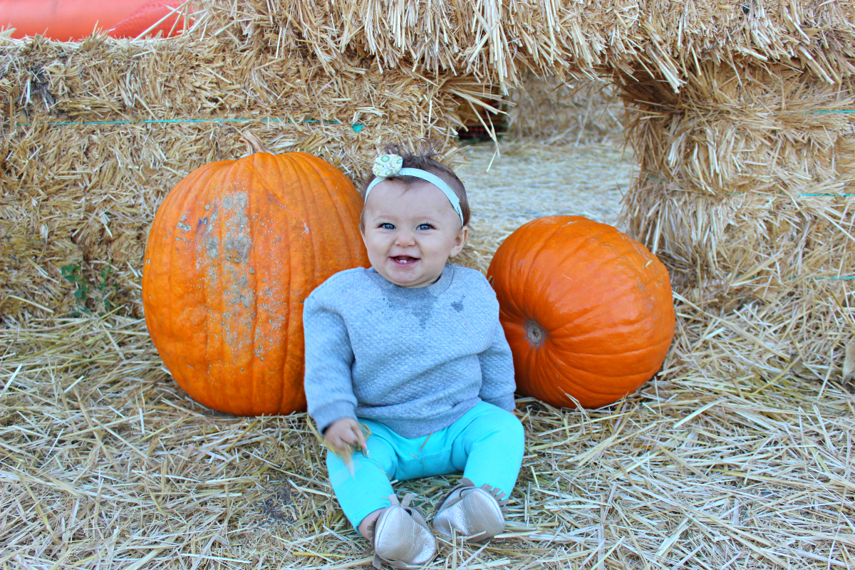 Lettie at the pumkin patch