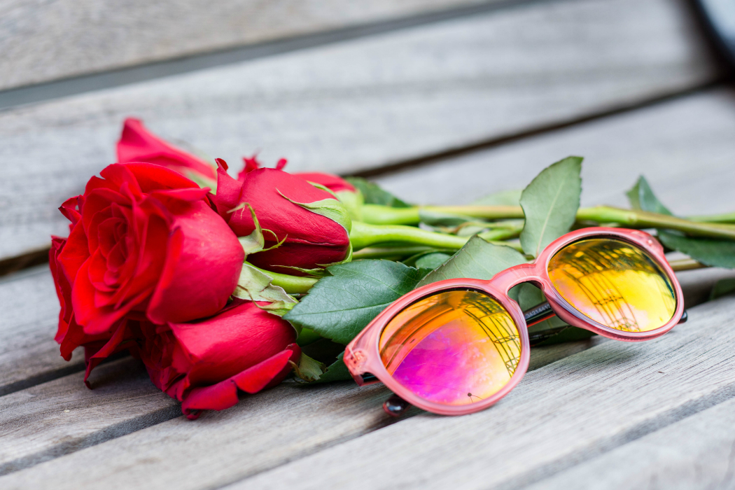 Roses + Pink Sunnies