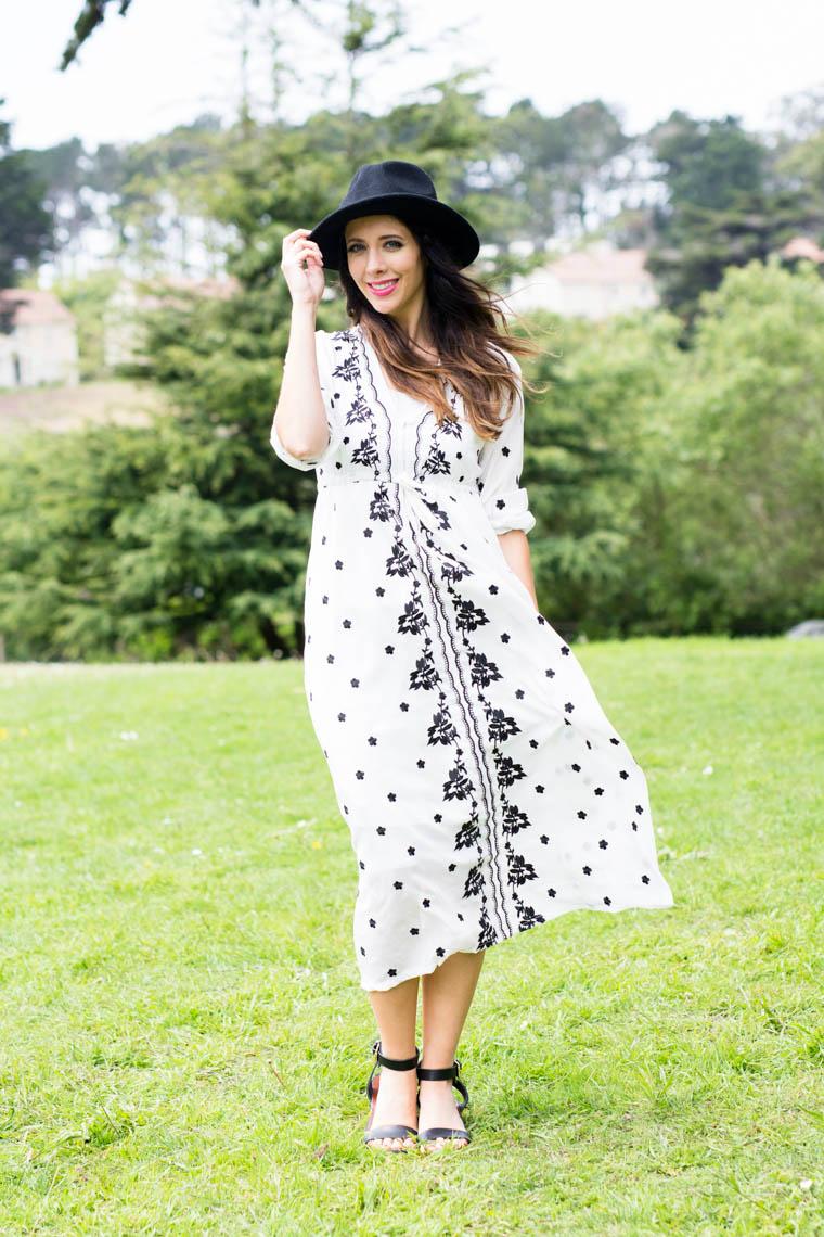 black & white Mxi, Black hat