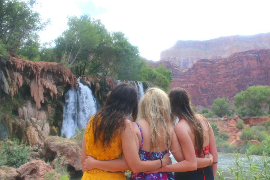 Havasuapi, Navajo Falls