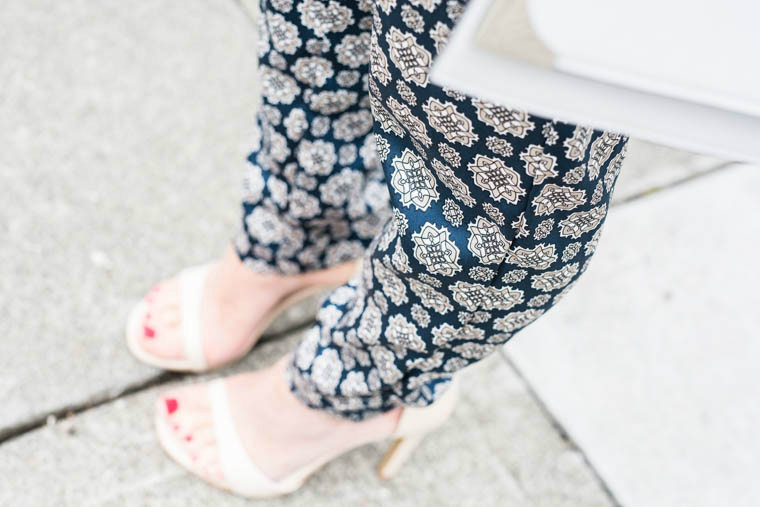 Nude heels, Pattern pants