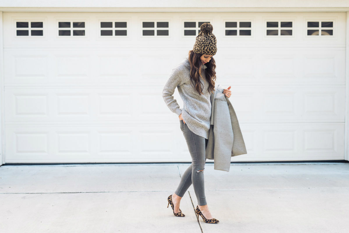 Grey outfit and leopard (10)