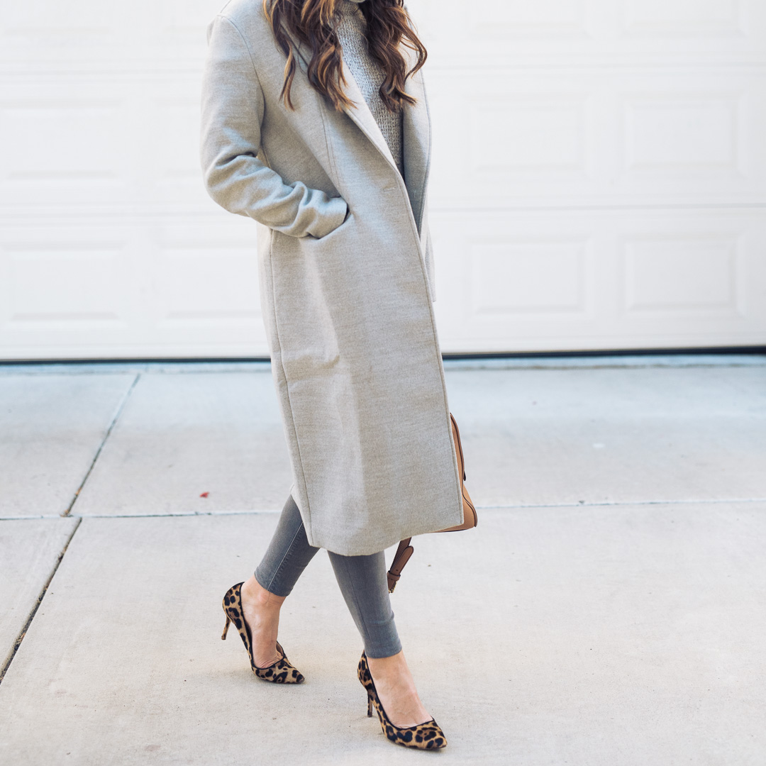 Grey outfit and leopard (4)