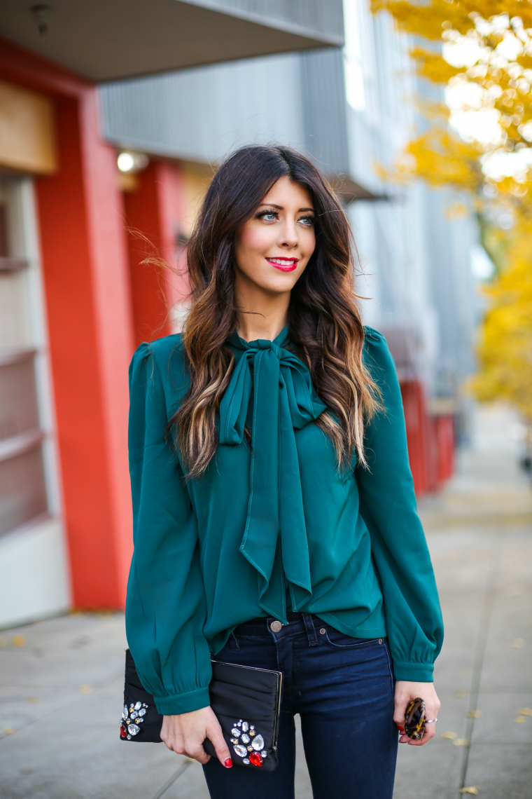 Latisha Springer Fashion Blogger Emerald Tunic and Jeans-1481
