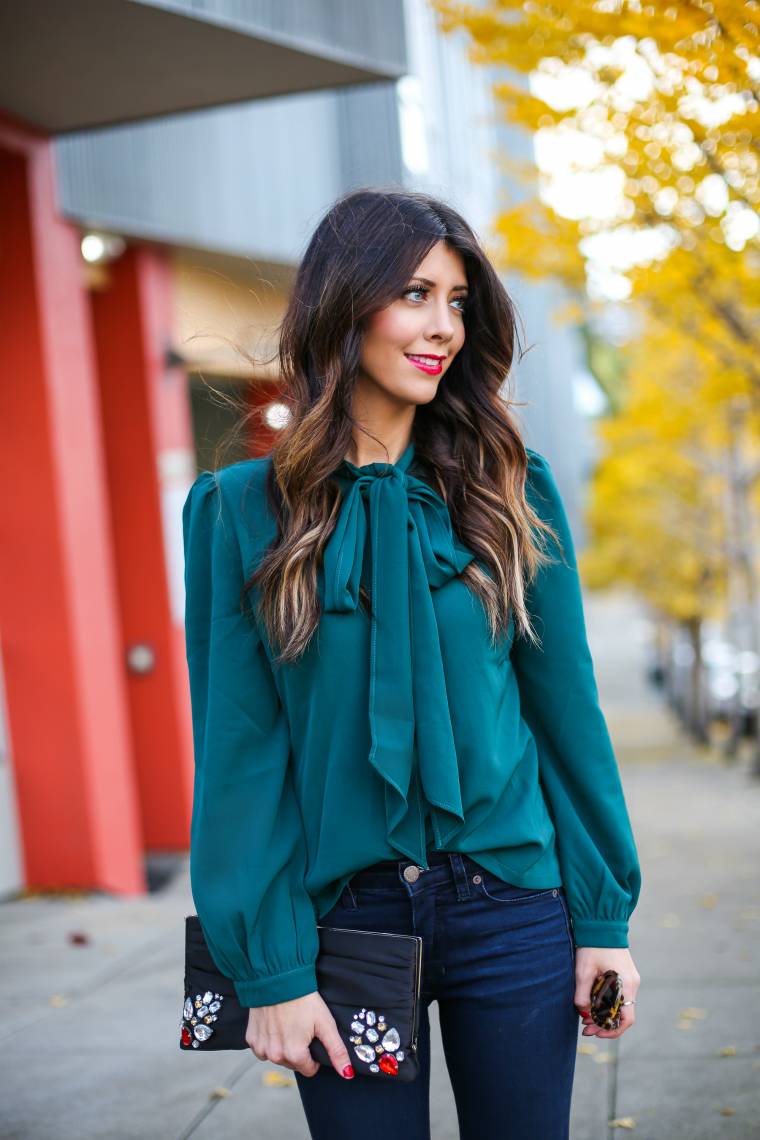 Latisha Springer Fashion Blogger Emerald Tunic and Jeans-1482