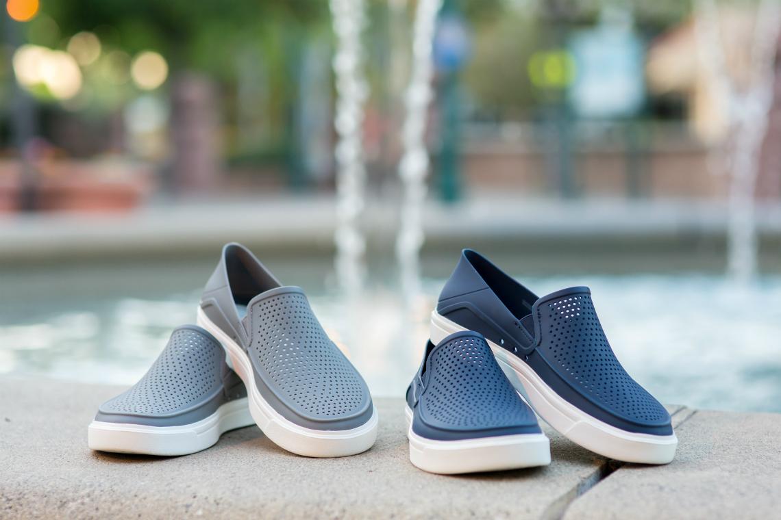 Crocs grey & blue