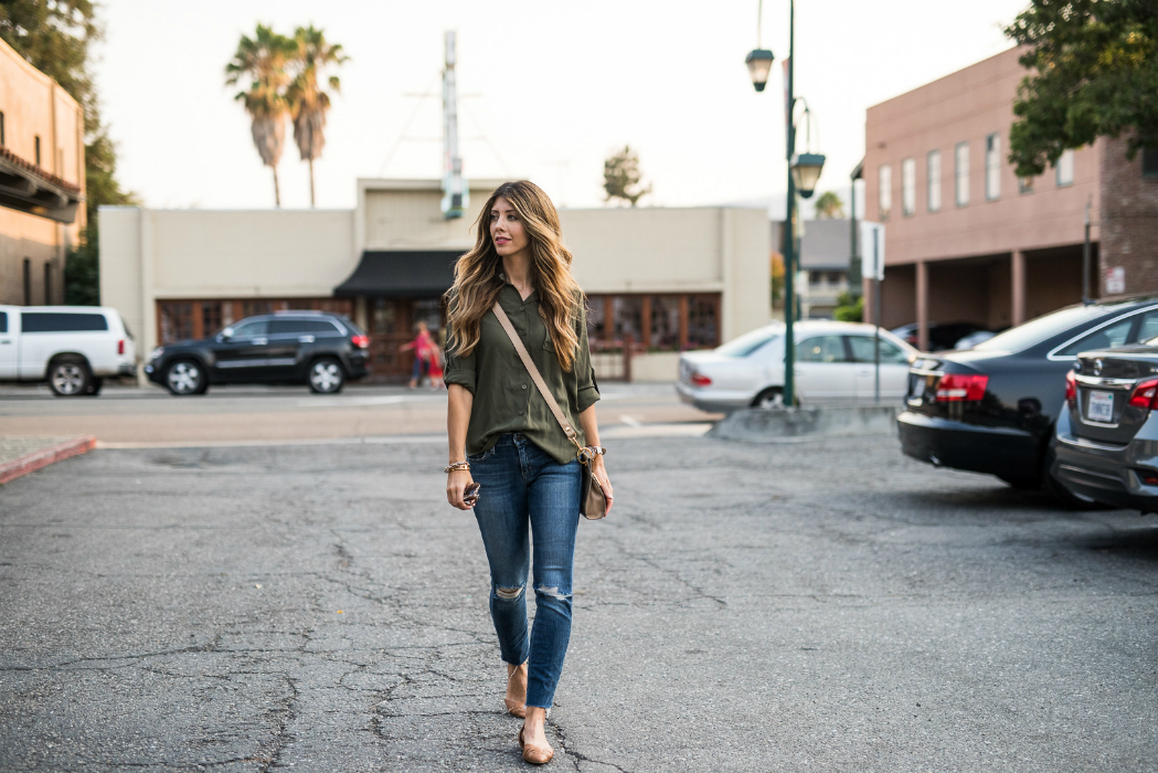 Fall Casual Look | The Girl in the Yellow Dress