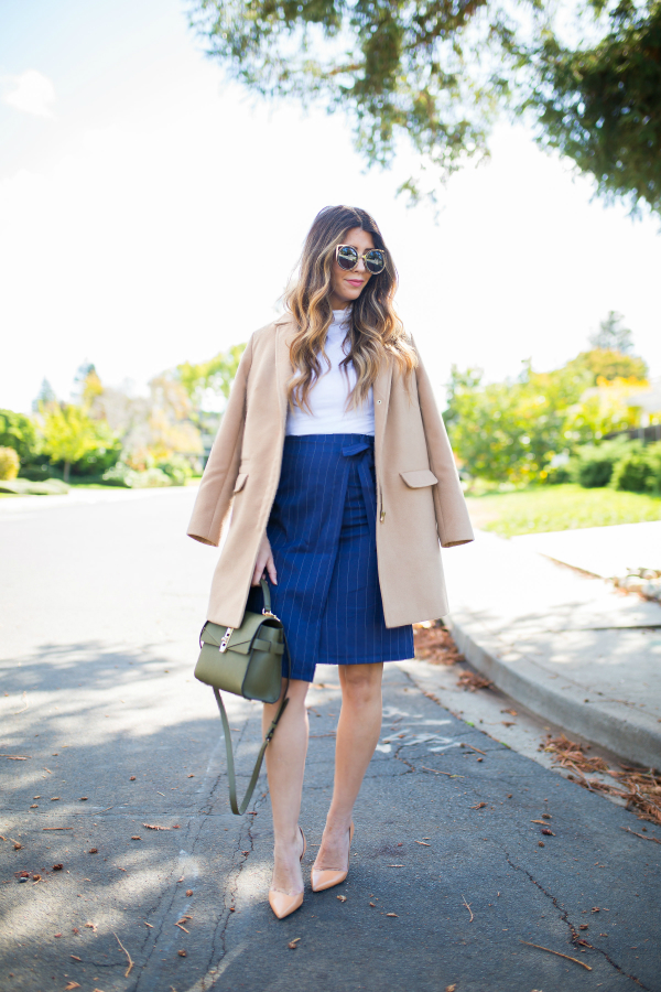 Tan Coat | The Girl in the Yellow Dress