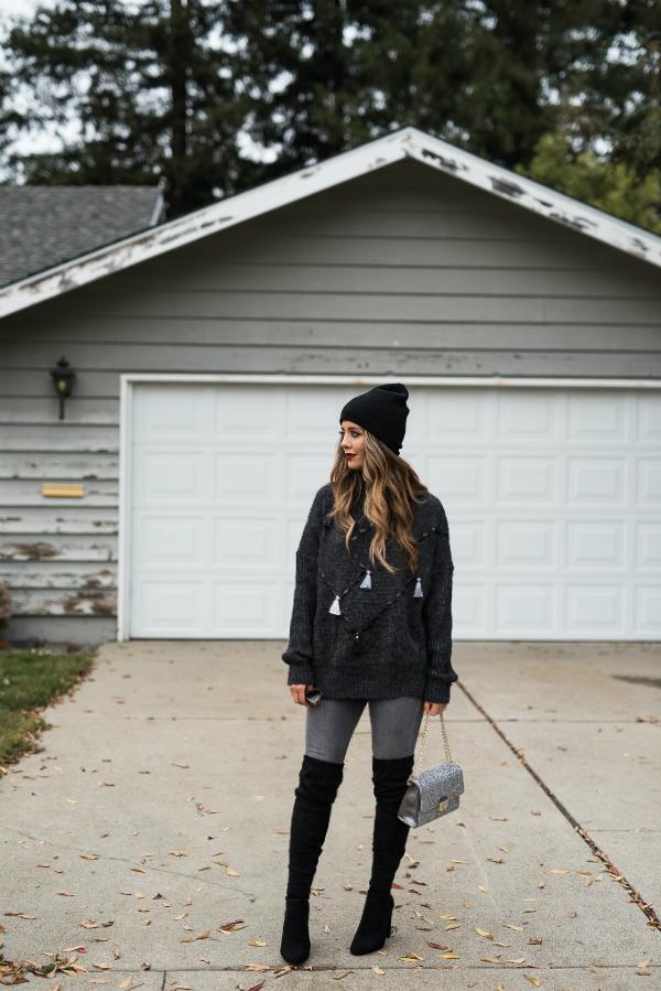 Oversized Sweater + OTK Boots. Winter Fashion
