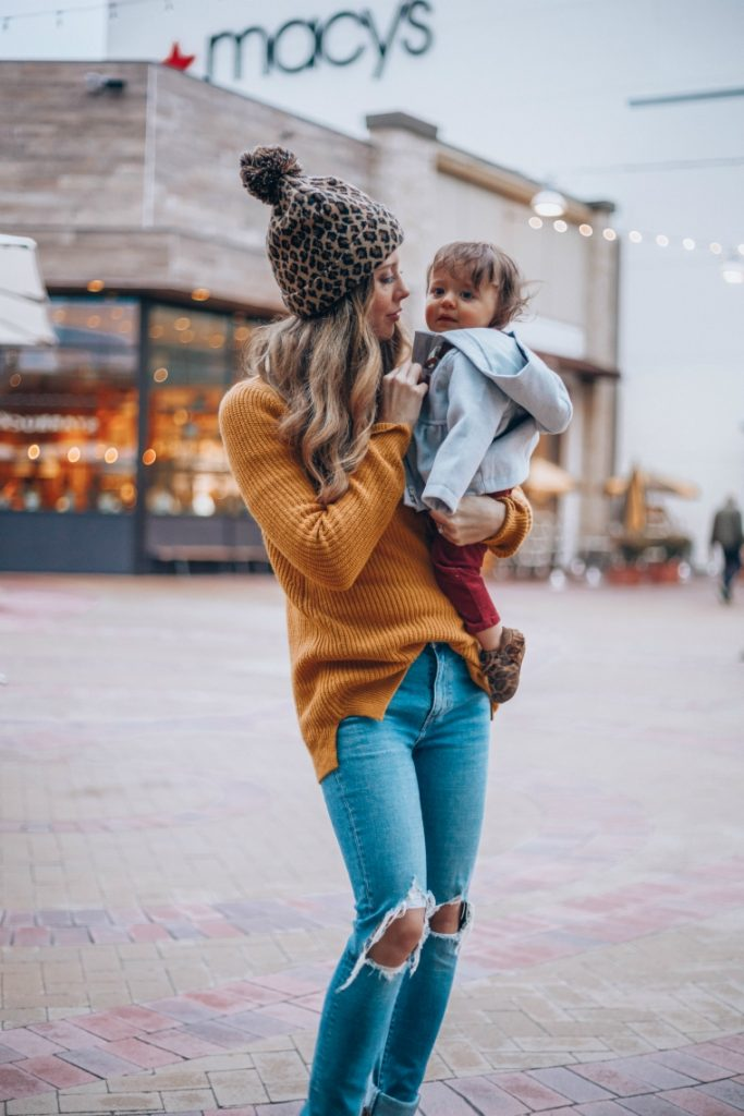 7 Mommy Daughter Date Ideas with Londyn