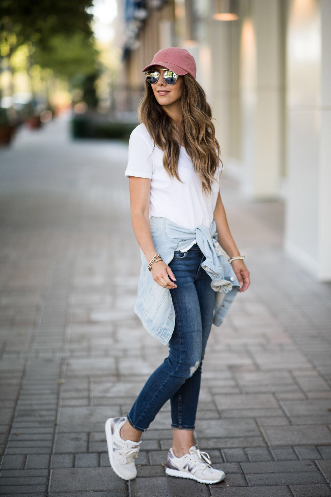 3 tips on putting together a sporty and casual look ...