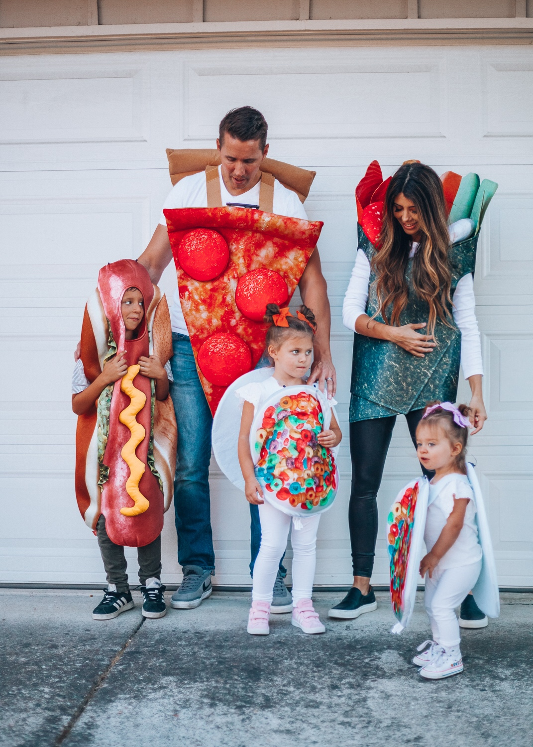 Halloween Costumes Family Of 4.4 Creative Family Halloween Costumes The Girl In The