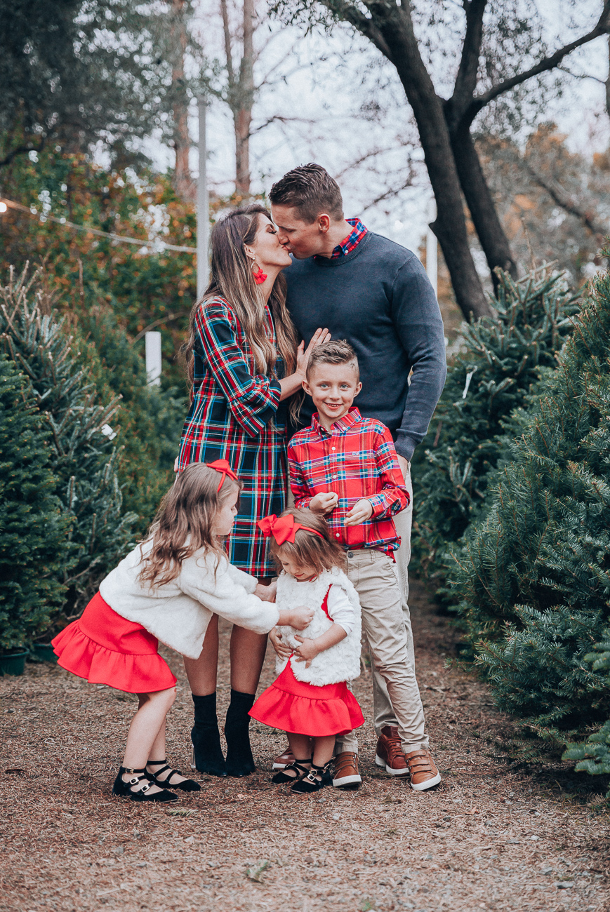 Cute Family Christmas Outfits   The Girl in the Yellow Dress